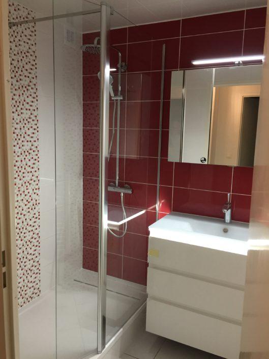 Pose de placo dans une salle de bain